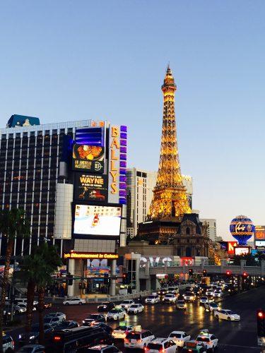 Las Vegas Paris at night