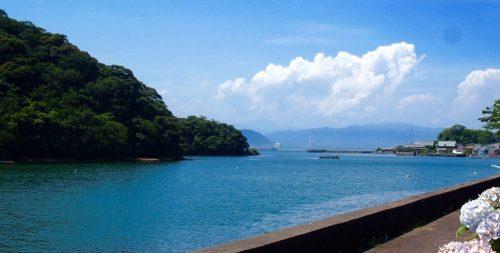宮崎県延岡市赤水の防波堤にて撮影