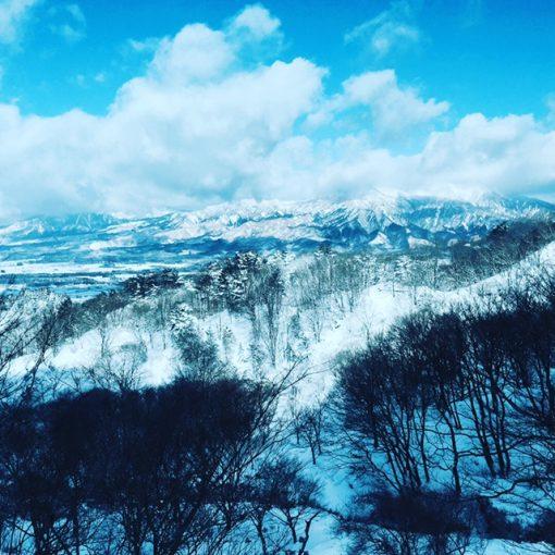 阿蘇高森の雪山