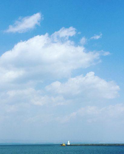 西大分港の空と海