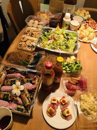 English Cafe クリスマスパーティ ポットラックパーティ
